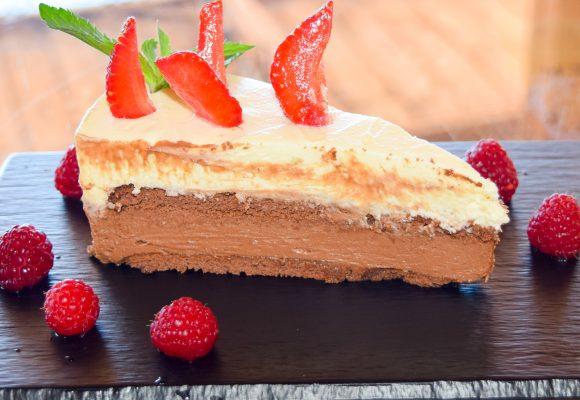 Домашно приготвена бисквитена торта с крем Маскарпоне и Белгийски  шоколад
